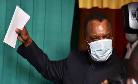 الناخبون في الكونغو يدلون بأصواتهم لاختيار الرئيس