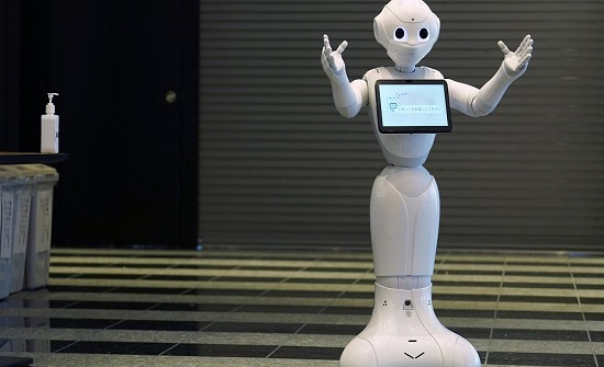 شاهد: توظيف أجهزة روبوت لمراقبة التزام الأشخاص بالحجر الصحي في الصين