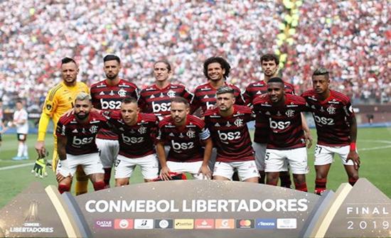 """فلامنغو ينتزع لقب """"كأس ليبرتادوريس"""" أمام ريفر بلايت (شاهد)"""