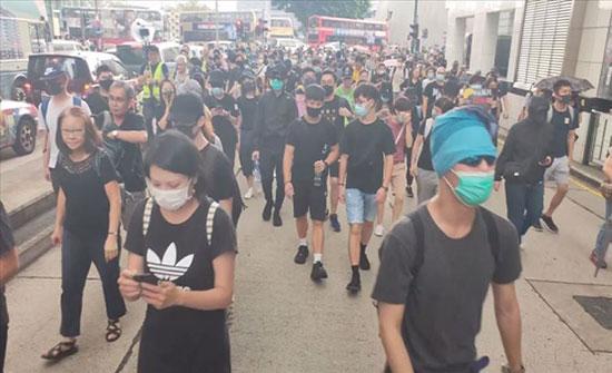 بالأقنعة.. مظاهرات احتجاجية في هونغ كونغ