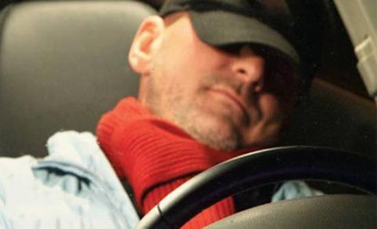 نام في سيارة توصيل .... واستيقظ بعيد عن بيته بـ160كم في اسكتلندا