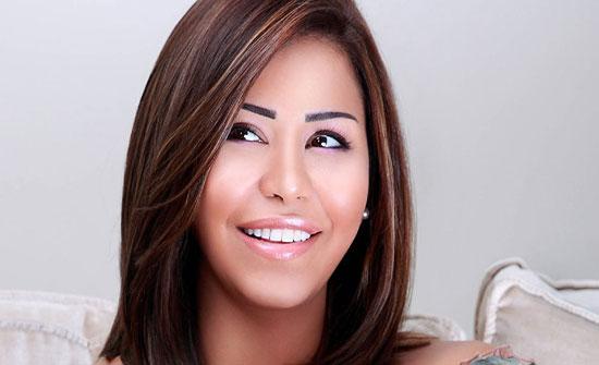 بالفيديو – شيرين تصدم المتابعين بزيادة وزنها الواضحة... شاهدوا كيف بدا بطنها