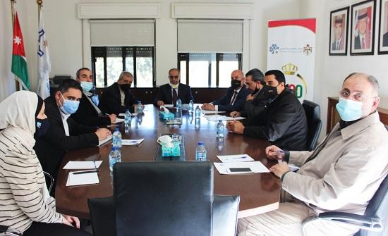 جلسة حوارية تناقش الاستراتيجية الوطنية لتنمية الموارد البشرية