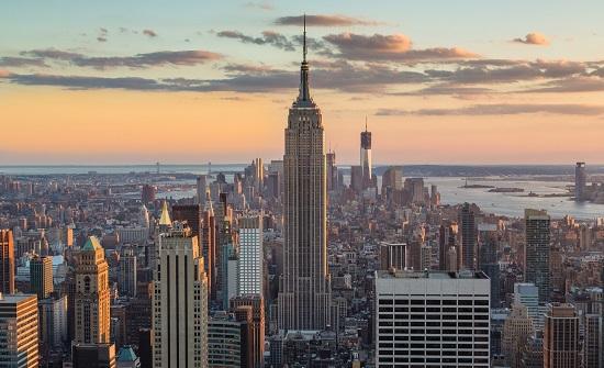 إغلاق الحانات والمطاعم بمدينة نيويورك جراء تفشي كورونا