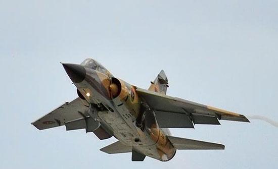 ليبيا.. الجيش الوطني يشن غارات في سرت