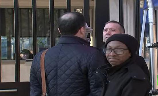 بالفيديو: إجراءات مشددة في البيت الأبيض تفاديا لكورونا