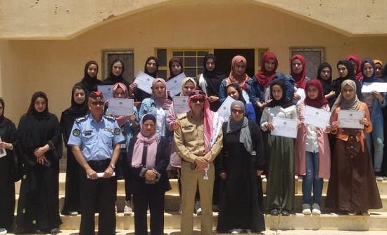 """تخريج المشاركات بمعسكر """"شباب أردني الهوية عربي الأنتماء عالمي التفكير """" في البادية الشمالية"""