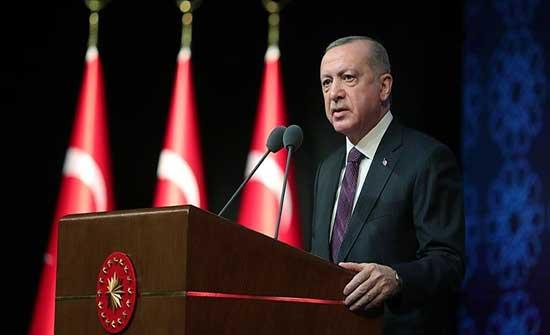 أردوغان يدعو إلى بذل الجهود لمعالجة أسباب الهجرة