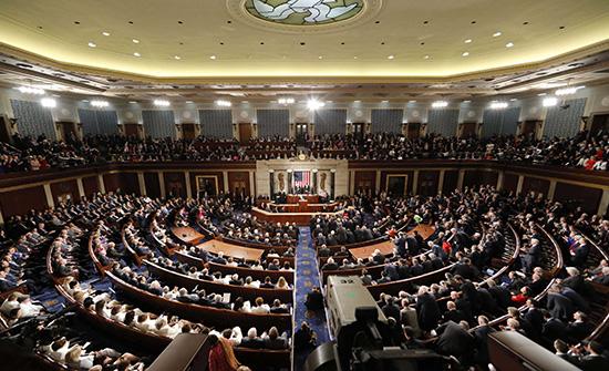 النواب الأميركي يصوت بالأغلبية على مساءلة ترمب