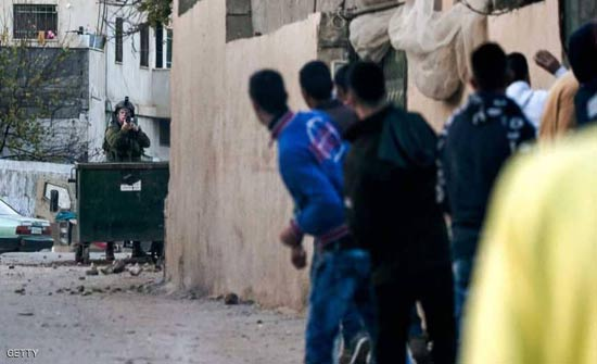 اعتداءات من مستوطنين بعد مقتل جندي إسرائيلي طعنا