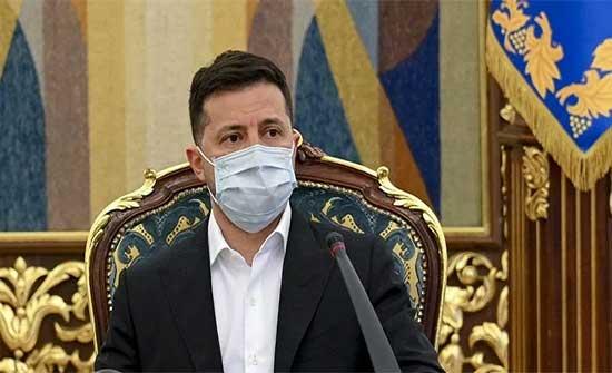 الرئيس الأوكراني يدعو نظيره الروسي لعقد لقاء في المنطقة المتنازع عليها