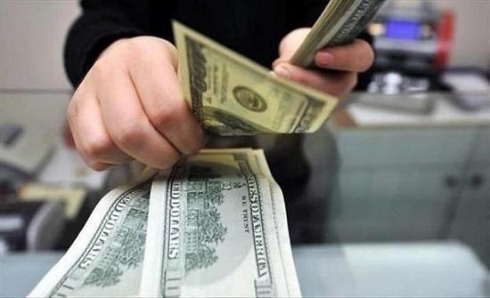 في بلد عربي : رجل يطالب زوجته بتعويض مالي بعد ضبطها في خلوة غير شرعية