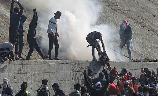 """بالفيديو : نزف جديد وسط بغداد.. وهجوم مريب عند """"محمد القاسم"""""""