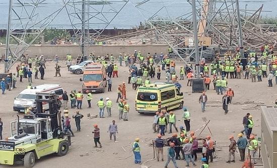 مقتل 4 أشخاص وإصابة 3 إثر انهيار برج كهرباء في مصر (فيديو)