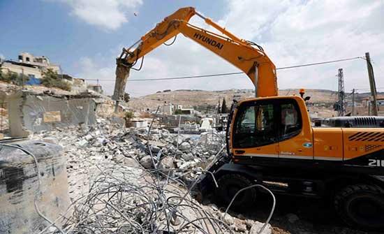 الاحتلال يهدم منزلا شرق بيت لحم