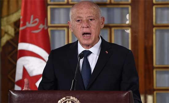 جون أفريك: 100 يوم أمام رئيس تونس لتأمين 2.8 مليار دولار لتجنب العجز بالميزانية