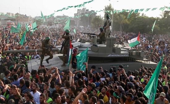 حماس: مسيرة الأعلام صاعق انفجار لمعركة جديدة للدفاع عن القدس والمسجد الأقصى
