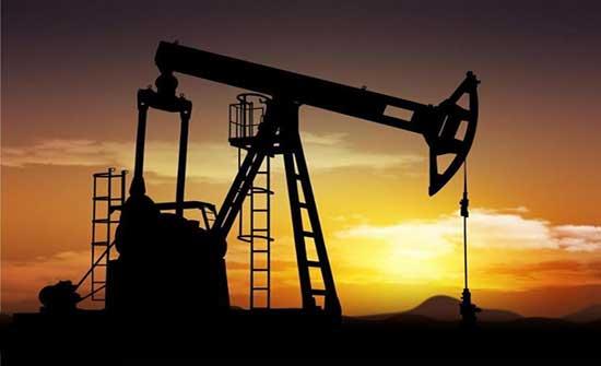 الحكومة : استقرار أسعار البنزين بشقيه عالميا