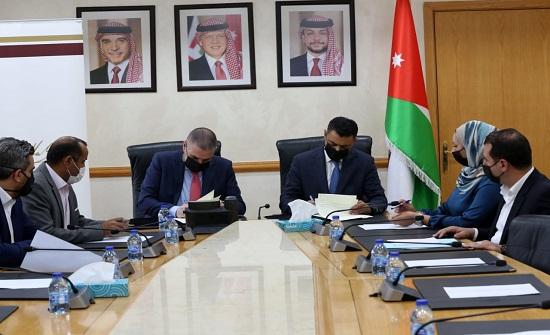 """مذكرة تفاهم بين مجلس النواب وصندوق الملك عبد الله الثاني للتنمية لتنفيذ """"الزمالة البرلمانية"""""""