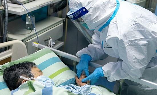 جابر للاطباء والممرضين : نحني لكم إجلالا لجهدكم وتعبكم في خدمة الناس