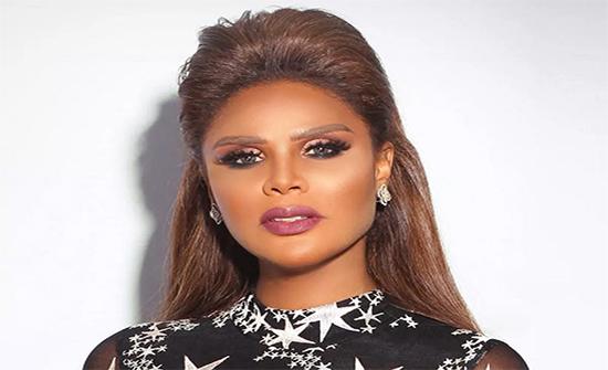 هند البحرينية تعلن زواجها من لاعب كرة سلة لبناني