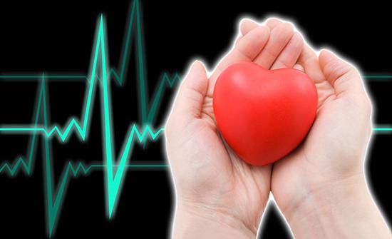 طبيبة صينة: لون اللسان ينبئ عن اقتراب حدوث النوبة القلبية