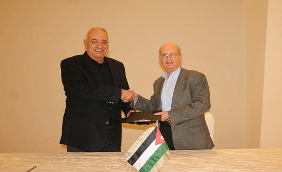 """""""خليل الرحمن"""" و""""منتدى الخليل"""" يعززّان أواصر التعاون والعمل المشترك بينهما"""