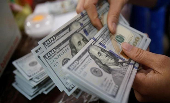 ارتفاع الدولار لأعلى مستوى في 4 أسابيع