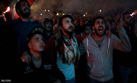 بالفيديو : برشق الحجارة.. حزب الله يهاجم المتظاهرين والجيش اللبناني