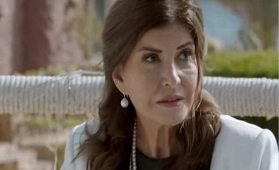 ميرفت أمين تتحدث باكية عن افتقادها لـ دلال عبد العزيز