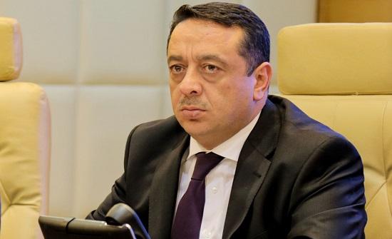الداوود : لا واسطة أو محسوبية في التعيينات الحكومية