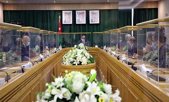 رئيس مجلس الأعيان يلتقي رئيس وأعضاء مجلس النقباء