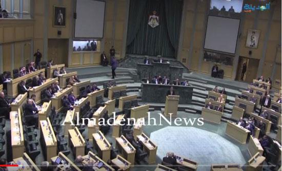 النواب يؤجل النظر بإلغاء اتفاقية استكشاف عن البترول