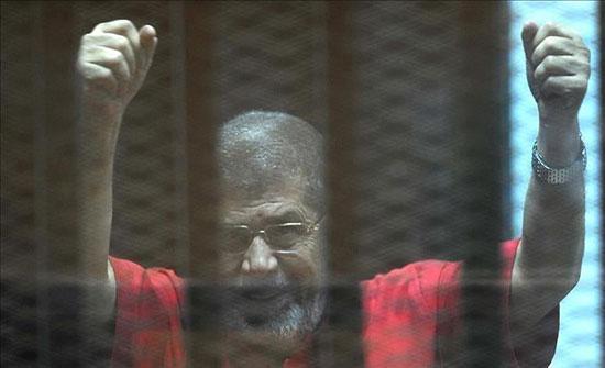 12 منظمة دولية تطالب بتحقيق دولي بوفاة مرسي وتتهم السلطات بالإهمال