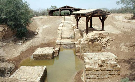 الأمير غازي وريفلين يبحثان موقع المغطس الذي أكدت منظمة اليونسكو أنّه شرق نهر الأردن