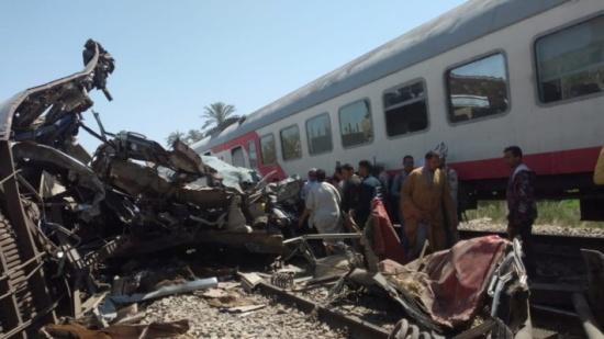 تحليل مخدرات وفحص محادثات.. تحقيق شامل بحادث تصادم قطاري مصر
