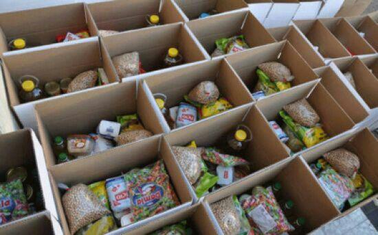 توزيع 500 طرد على أسر عفيفة في بلدية الباسلية