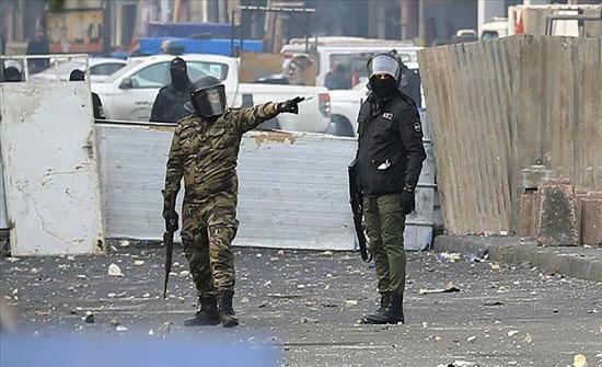 بغداد.. 8 إصابات إثر اشتباكات بين متظاهرين وقوات أمنية