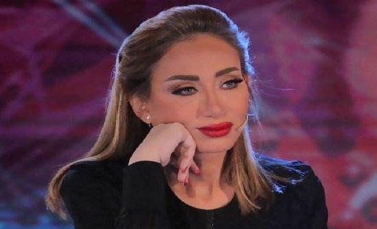 """ريهام سعيد توجه رسالة إلى بعض زملائها : """" بجد إخس """" .. وتتحدث عن رضوى الشربيني"""