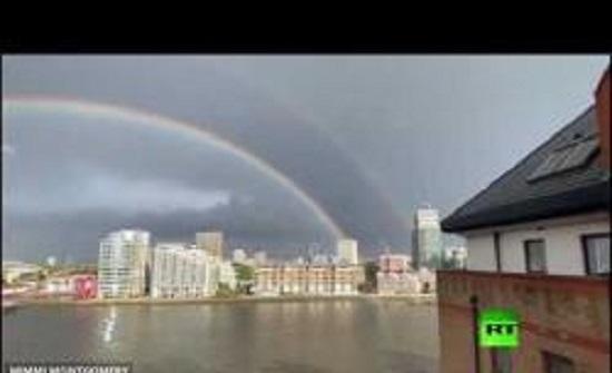 ظاهرة نادرة في سماء لندن..فيديو