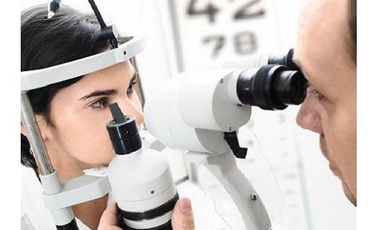 """عربيات: تعديلات """"فحص البصر"""" وضعت حد للمتغولين على اختصاص طب العيون"""