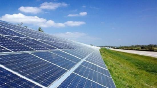 10% من مساجد المفرق تستفيد من الكهرباء العاملة بالطاقة الشمسية