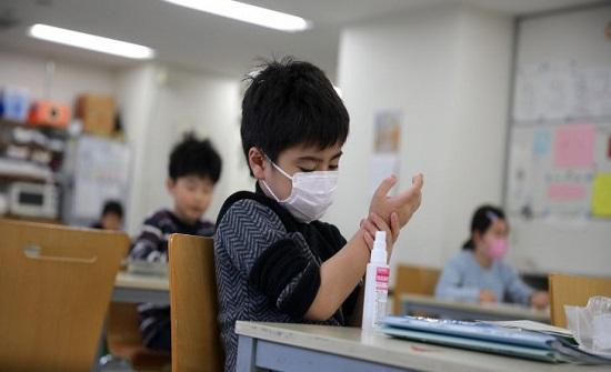التقييم الوبائي : الاطفال عرضة للاصابة بكورونا اكثر في المنازل