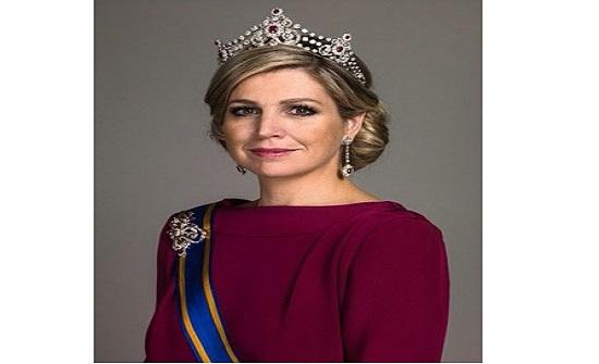 ملكة هولندا تصل إلى عمان