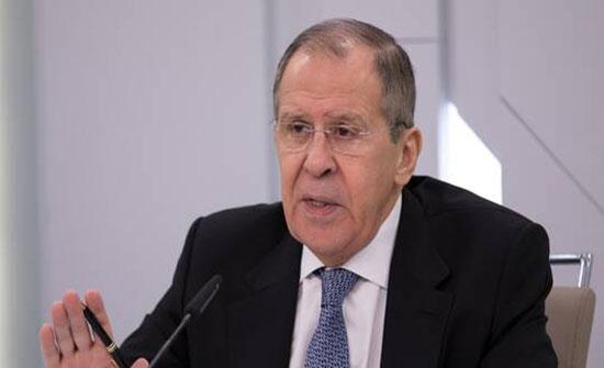 لافروف: نعمل من خلال اتصالاتنا مع تركيا على إقناع طرفي النزاع في ليبيا بالجلوس للتفاوض
