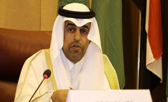منح الدكتور مشعل بن فهم السُّلمي وسام البرلمان العربي