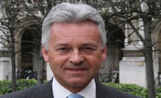بريطانيا: استقالة وزير شؤون الاتحاد الأوروبي والأمريكيتين