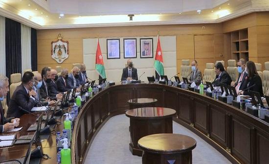 مجلس الوزراء يطلع على تقرير نتائج عملية قوننة وتوفيق أوضاع العمالة غير الأردنية