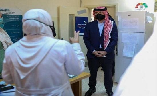 بالفيديو : ولي العهد يزور مركز صحي البترا الشامل في وادي موسى