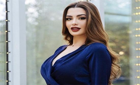 شاهد : بـ فستان ذهبى .. روان بن حسين فى أحدث جلسة تصوير